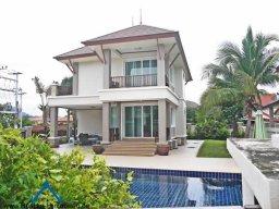 Wunderschöne Poolvilla im Luxux Resort